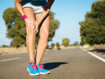 iliotibial band syndrome (ITB) cause of knee pain in running